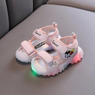 Sandal Mickey chống vấp có đèn Led siêu đẹp cho bé