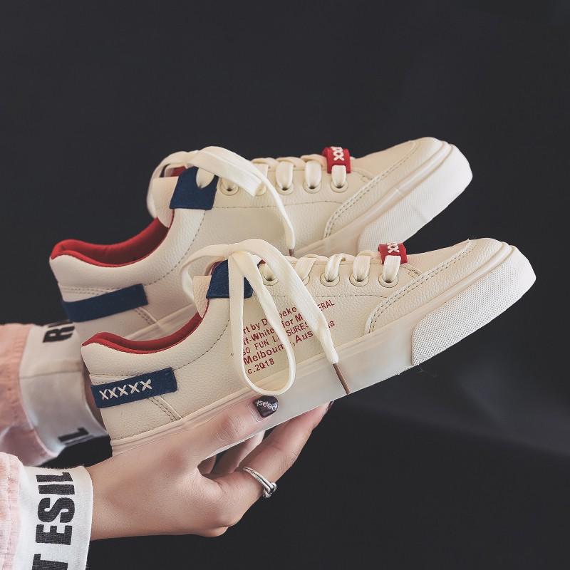 Giày vải nữ 2018 mới dành cho học sinh Phiên bản Hàn Quốc của đôi giày nhỏ màu trắng Giày đế xuồng hoang dã Giày đế xuồn