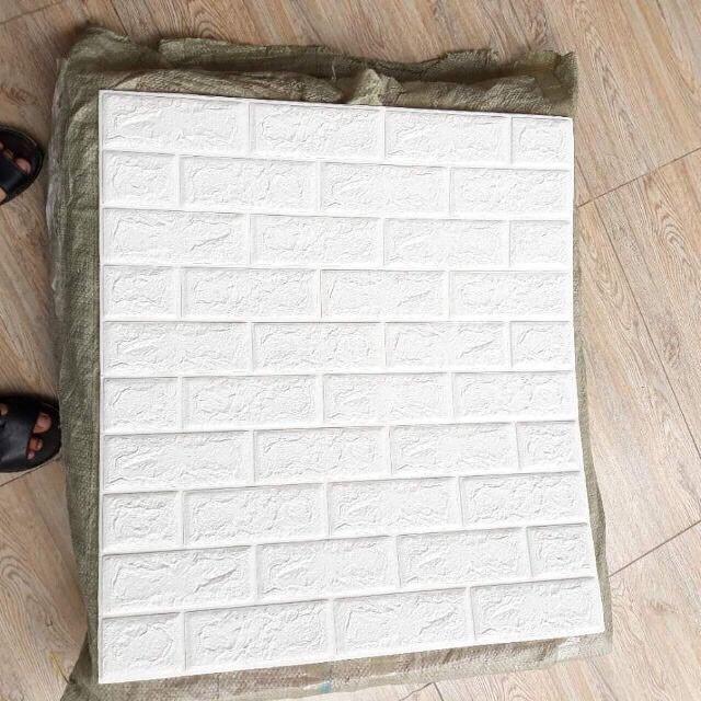 [Xả kho cuối năm] Xốp dán tường 3D giả gạch Màu Trắng khổ lớn 70x77