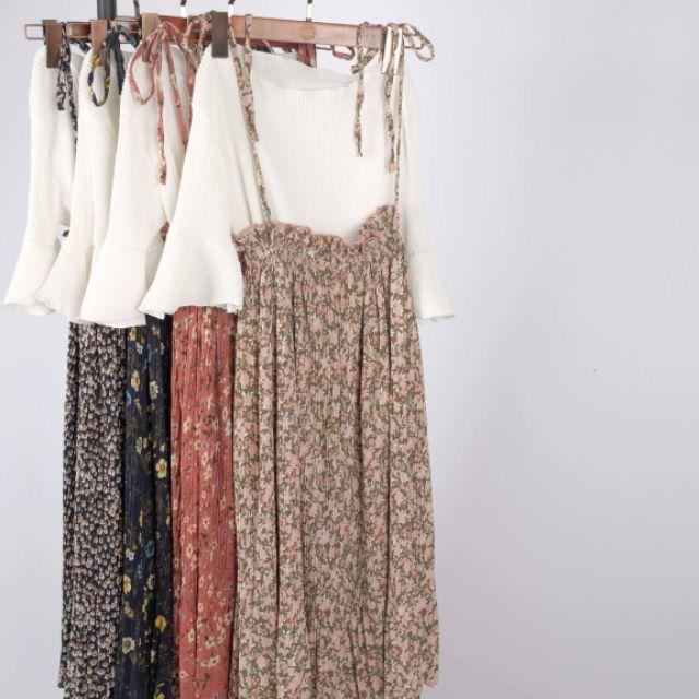 SALE - Set chân váy hoa xếp li và áo trắng