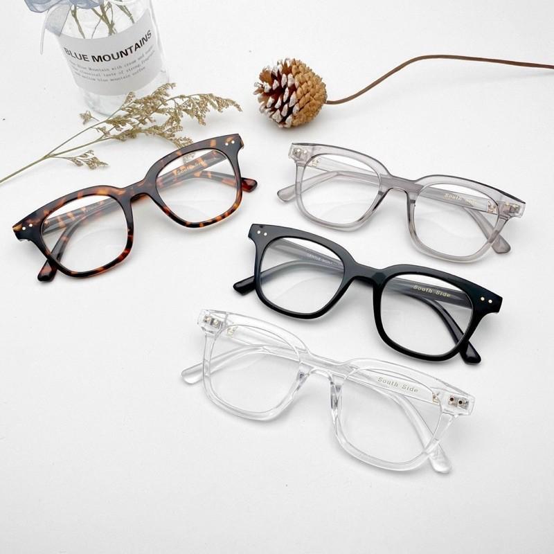 Gọng kính nam nữ có 4 màu , giá học sinh. Tặng hộp kính + khăn lau kính . Nhận lắp kính cận viễn loạn theo đơn