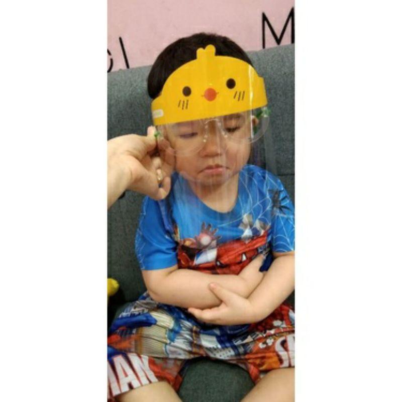 Kính chắn giọt bắn hoạt hình siêu dễ thương cho bé kèm kính