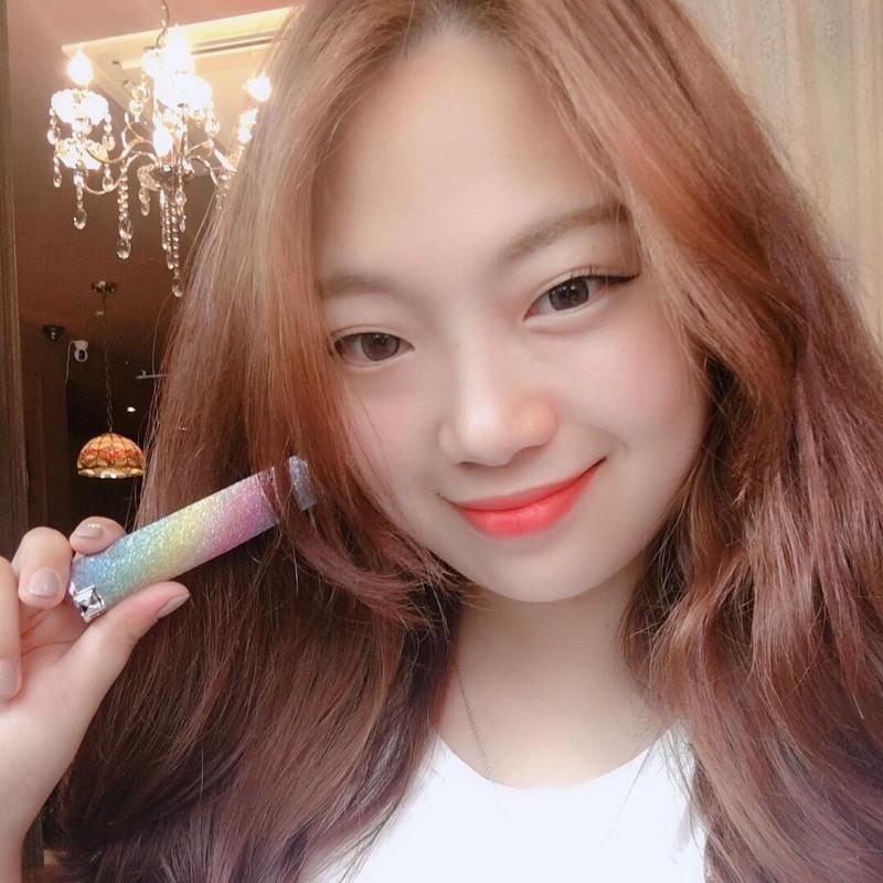 Son Dưỡng Môi Hàn Quốc Đổi Màu YNM Rainbow Honda Lip Balm
