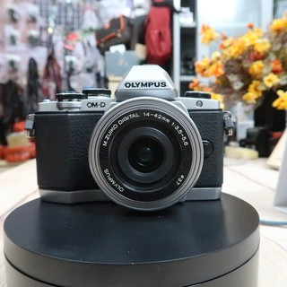 Máy ảnh Olympus OM-D E-M10 mark I kèm ống kính zuiko 14-42