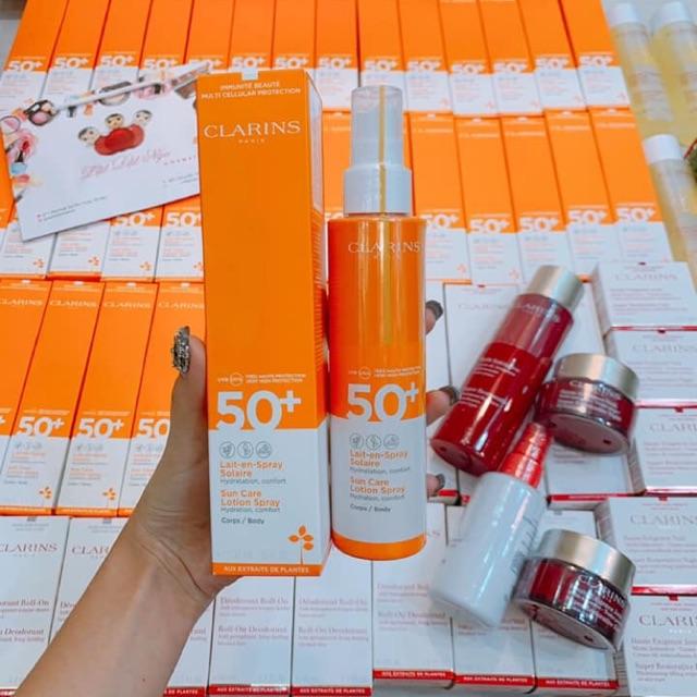 Xịt chống nắng Clarins 150ml