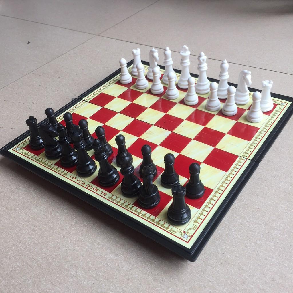 Bộ cờ vua nam châm gấp gọn 28cm x 28cm