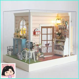 """Mô Hình Nhà Gỗ DIY """"Shop Sandy"""""""
