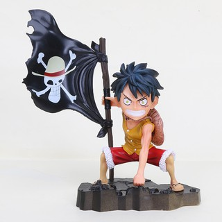 17cm ONE PIECE The straw hat Pirates Luffy Raising the flag 3 colors black/red/yellow Limited edition Action figure