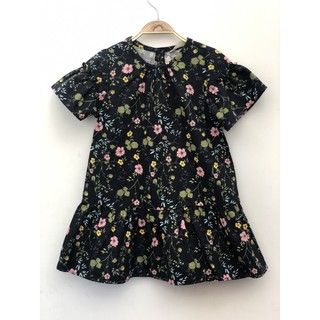 Đầm Trissi xuất Hàn - Hoa nhí