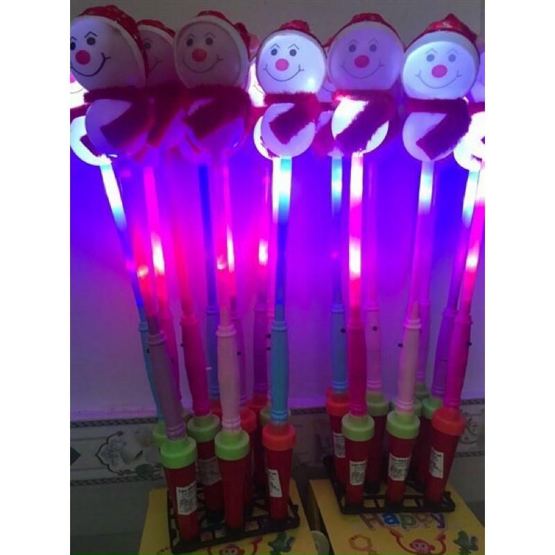 Đồ chơi gậy đèn phát sáng hình người tuyết đáng yêu