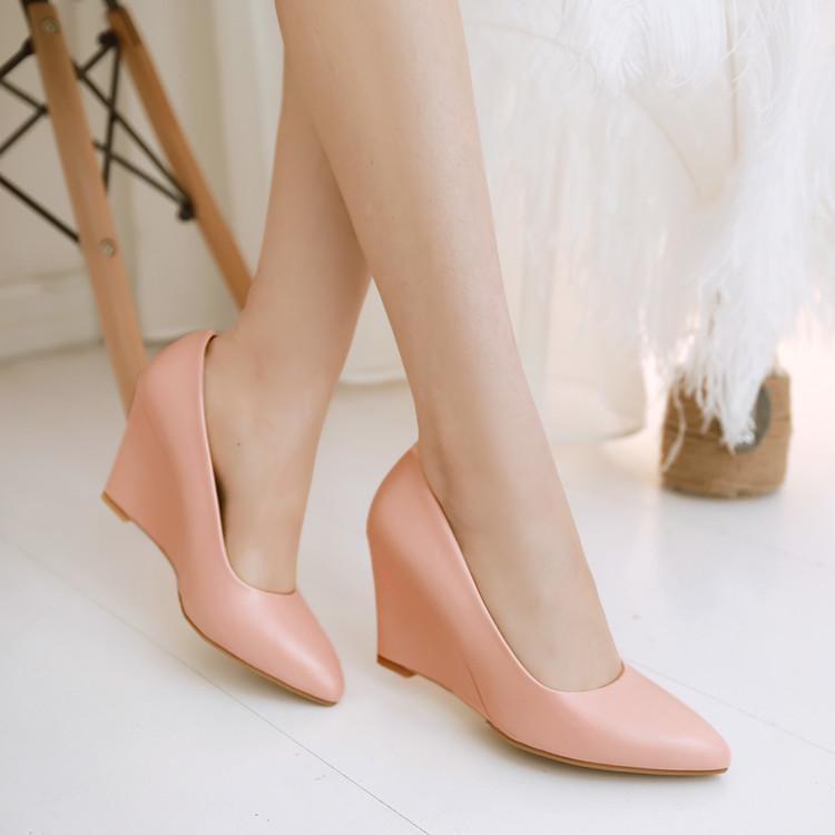 ฤดูใบไม้ผลิขนาดใหญ่รองเท้าผู้หญิงเวดจ์รองเท้าหญิงปากตื้นชี้รองเท้าส้นสูงลื่นรองเ
