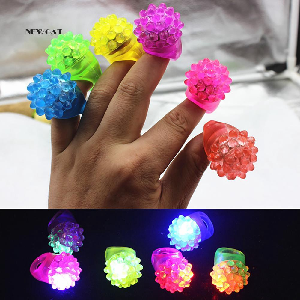 ღNK_Strawberry Shape Flashing LED Finger Ring Luminous Kids Gift Party Supplies
