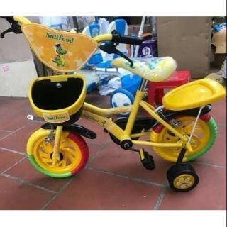 Xe đạp trẻ em – quà tặng từ nutifood