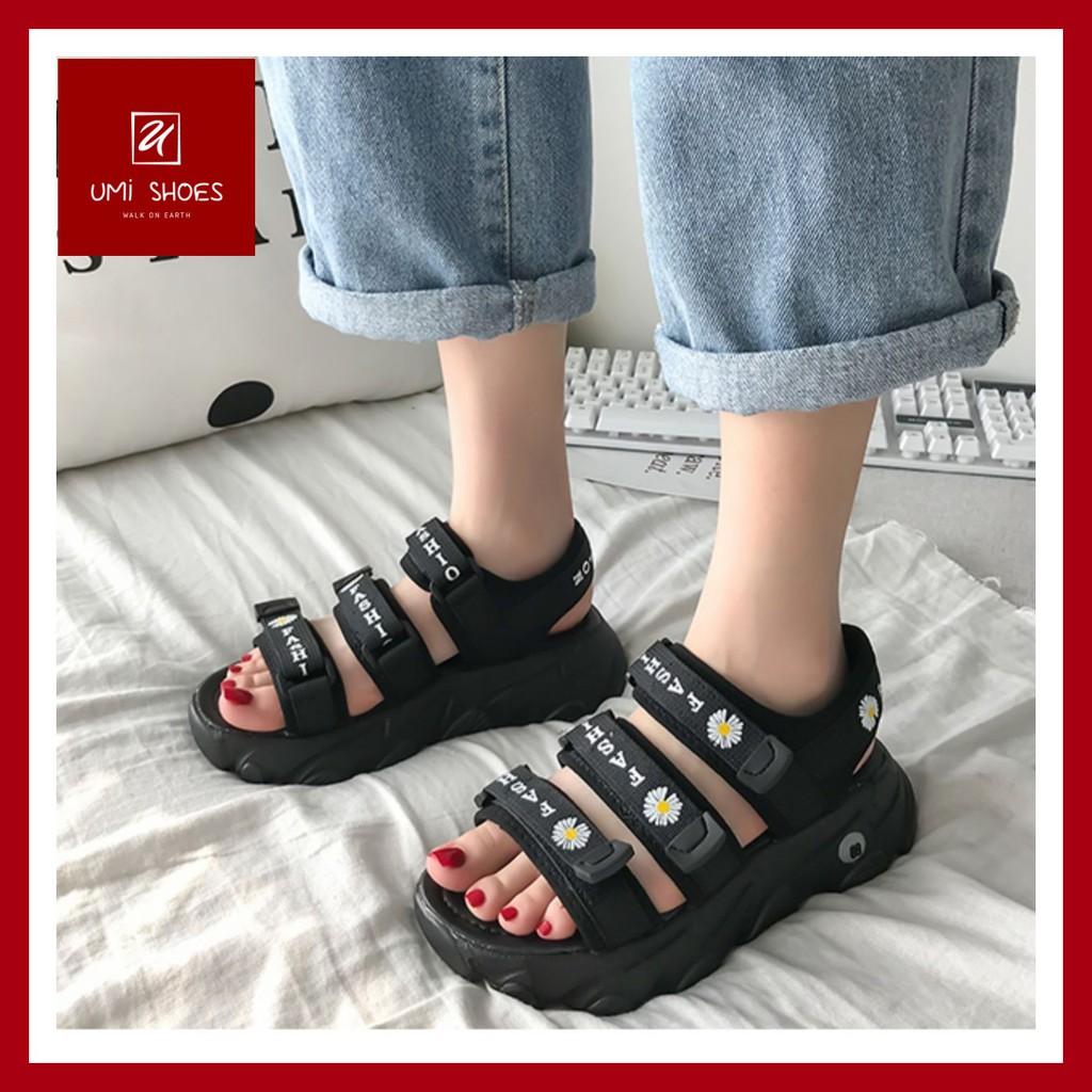 Sandal hoa cúc 3 quai ngang Ulzzang nâng độn đế cao 4cm trend màu đen/xanh cá tính mới đẹp