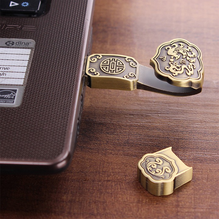 USB Phong Thủy Vương Trượng Như Ý Bằng Đồng Chạm Khắc Độc Đáo - Mang Lại Tài Lộc, Thể Hiện Quyền Lực Và Địa Vị
