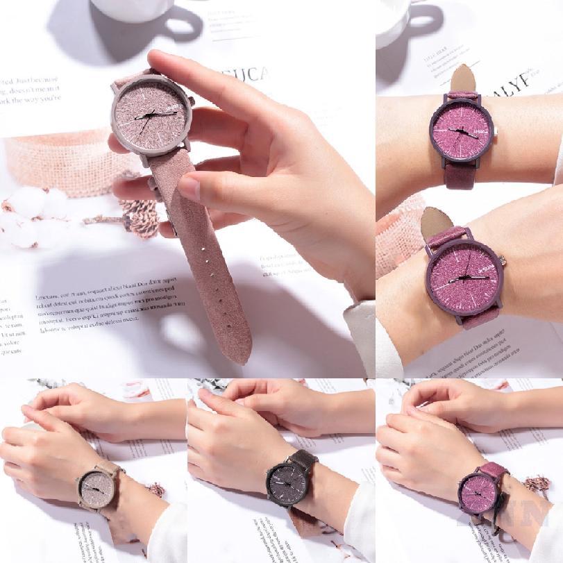 ผู้หญิงควอตซ์นาฬิกาข้อมือรุ่นง่าย ๆ สบาย กันน้ำหลายสี ๆ 666