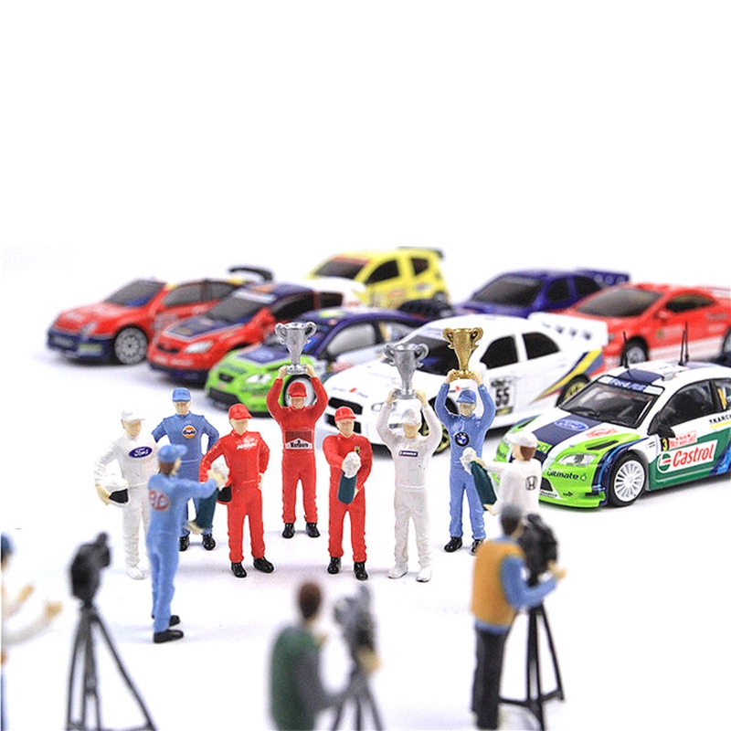 Ready Stock COD Race Medal 1:64 The playing field 2 figure Scenario Model Set For Matchbox Tomy