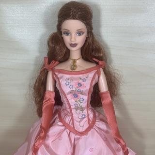 Búp bê barbie quý tộc