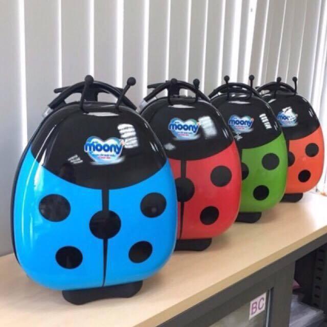 Bộ Vali kéo + balo con bọ Kawall cùng màu (1 balo + 1 vali )