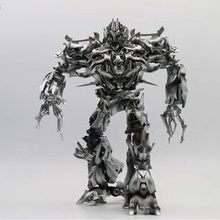 Đồ chơi mô hình Transformer Megatron BlackMamba LS12
