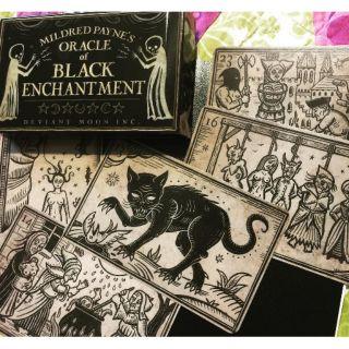 Bộ Bài Mildred Payne's Oracle of Black Enchantment HL2205