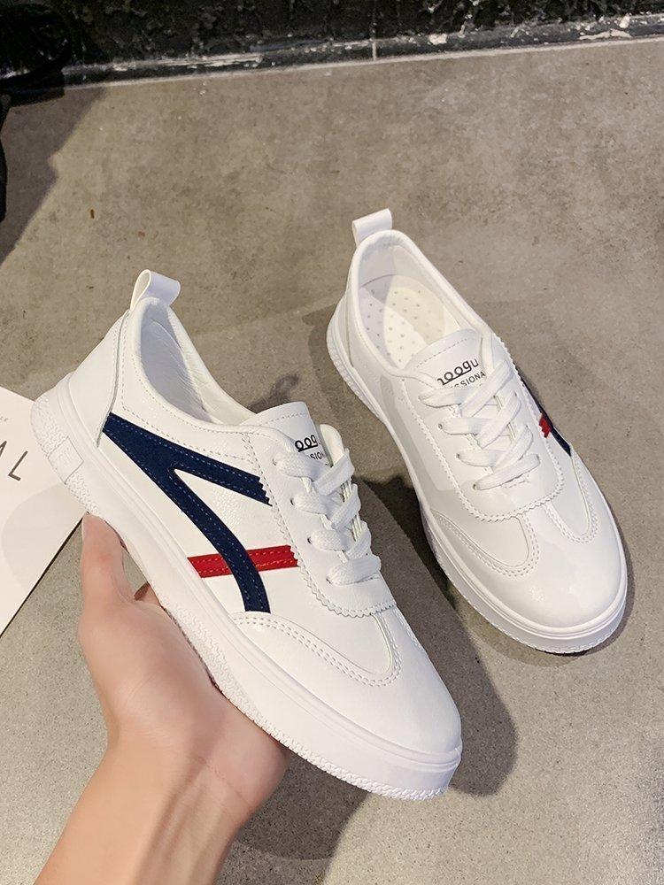Giày Sneaker Mũi Tròn Dây Đan Chéo