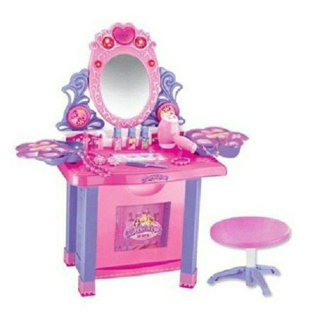 Bộ bàn trang điểm cực to cho bé gái
