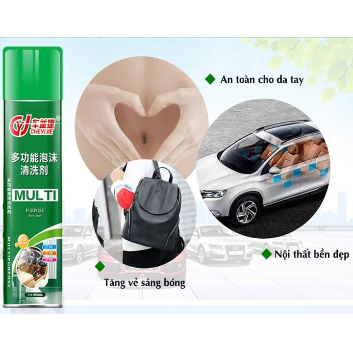 Bình xịt làm sạch đồ da trên xe ô tô