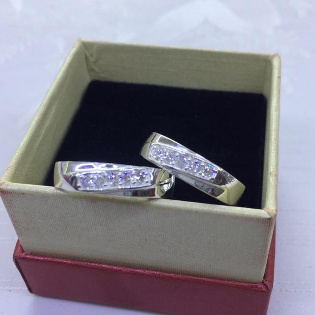 Nhẫn đôi bạc đính đá chéo chuẩn nmj - 3323303 , 1036412706 , 322_1036412706 , 279000 , Nhan-doi-bac-dinh-da-cheo-chuan-nmj-322_1036412706 , shopee.vn , Nhẫn đôi bạc đính đá chéo chuẩn nmj