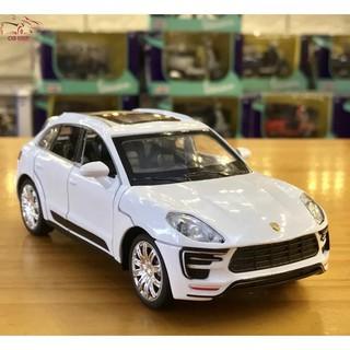 Mô hình xe ô tô Macur Turbo tỉ lệ 1:32 màu trắng hàng Quảng Châu