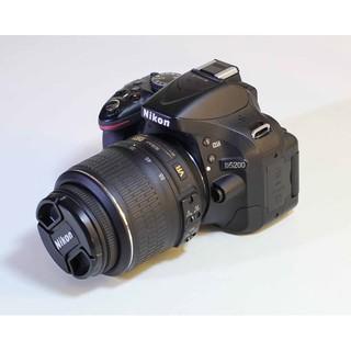 Máy Ảnh Nikon D5200 kèm Lens 18-55 vr like new 96%