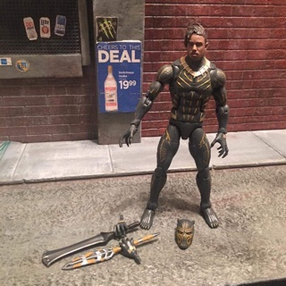 Marvel Legends Erik Killmonger Bản 10 Years