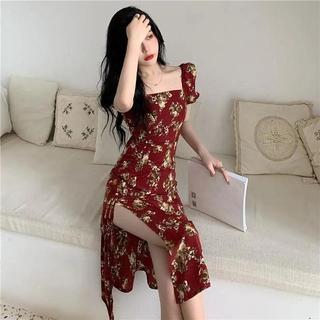 Đầm Tay Phồng Cổ Vuông Họa Tiết Hoa Thiết Kế Xẻ Tà Quyến Rũ thumbnail