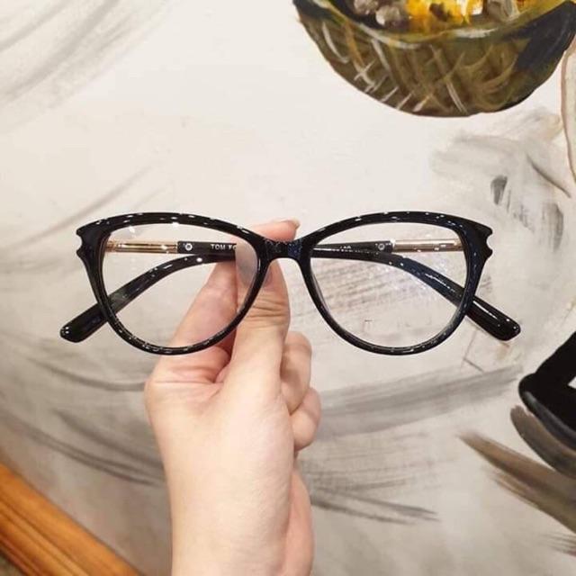 Gọng kính mắt mèo Thái lan