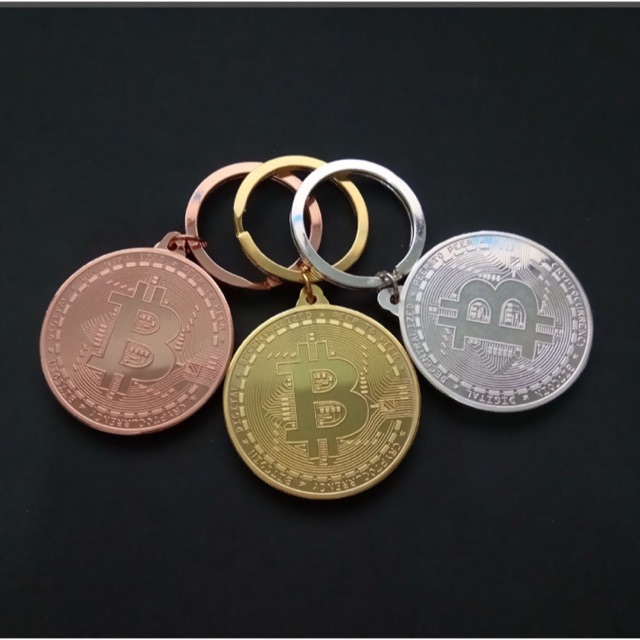 Móc khoá bitcoin may mắn