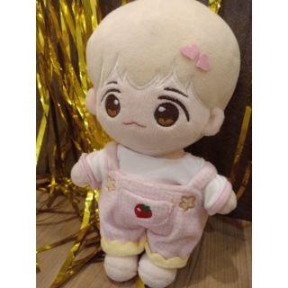 Doll Baekhyun fansite tiểu Dâu kèm outfit như ảnh