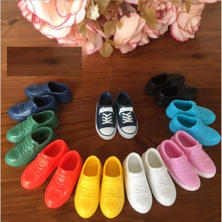Giày thể thao nhiều màu sắc chính hãng cho búp bê bàn chân dài 2 cm Licca, Xinyi, Barbie