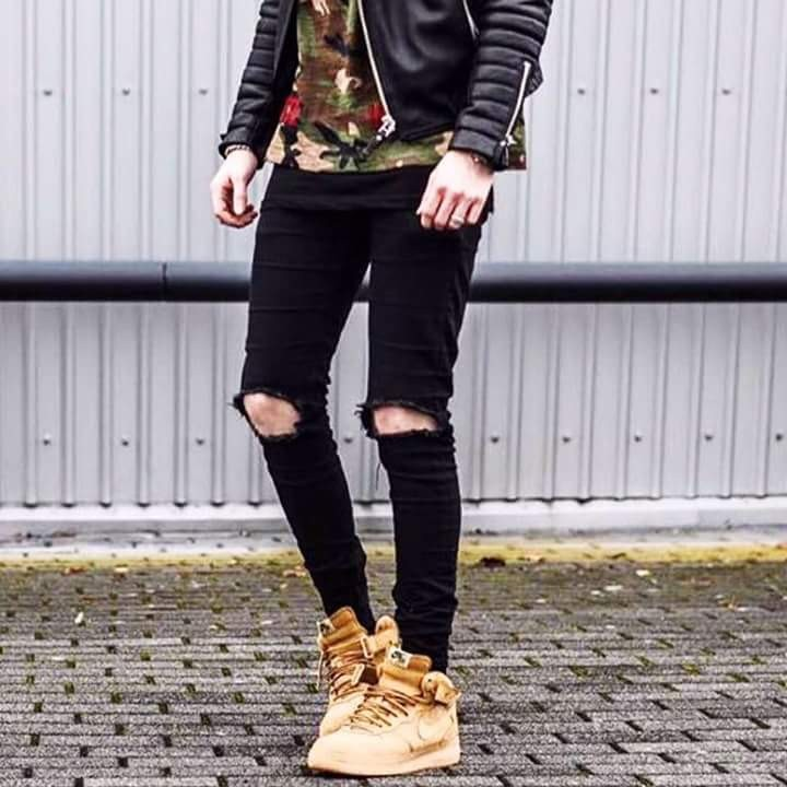 Quần Jeans Rách Gối Tròn Sixpack