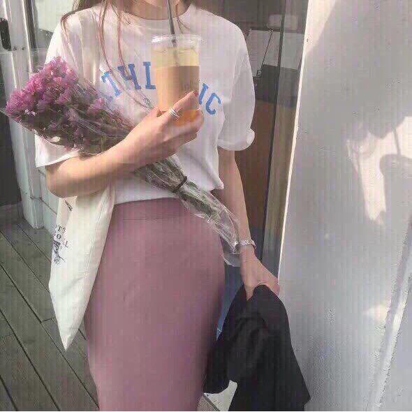 1234677068 - Sét chân váy hồng + áo thun trắng