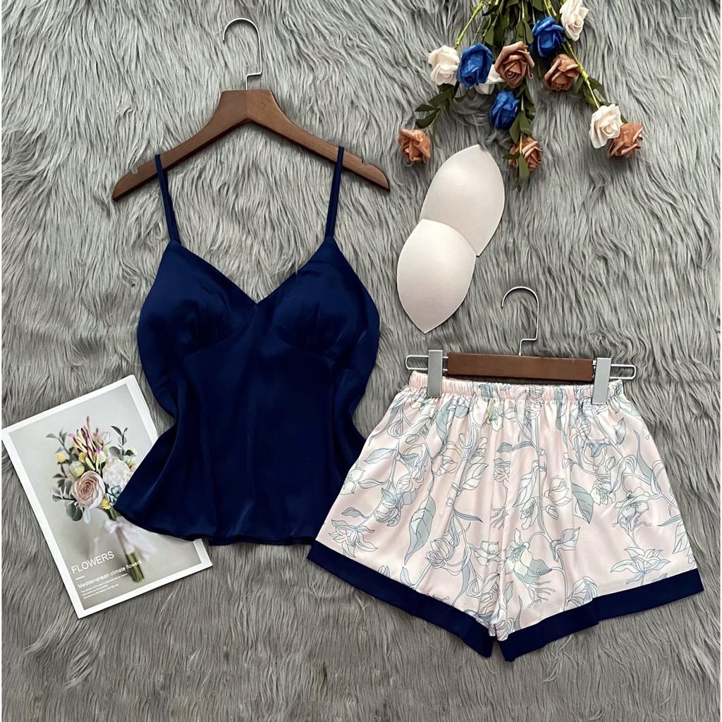 Mặc gì đẹp: Thoải mái với Set đùi lụa Latin hai dây hoạ tiết đáng yêu cho các nàng