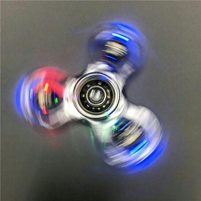 Con quay giảm stress spinner có đèn, trong suốt