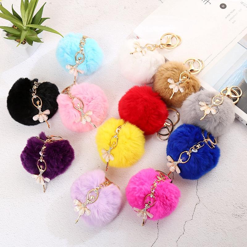 Móc khóa đính bóng lông nhiều màu sắc lựa chọn