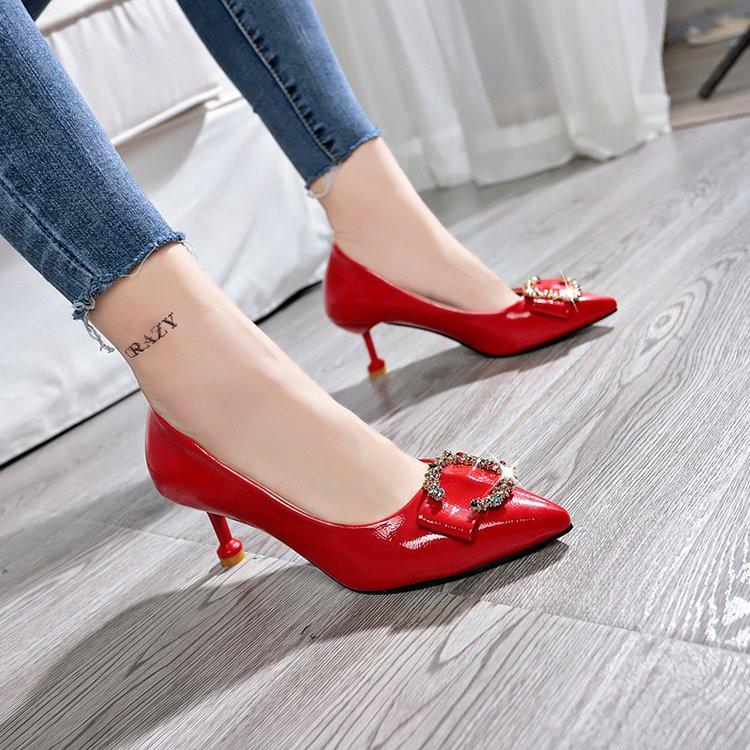 【จัดส่งฟรี】้ผลิป่าดีกับสาวฝรั่งเศสรองเท้าส้นสูงรองเท้าแต่งงานสุทธิเจ้าสาวสีแดงกับ