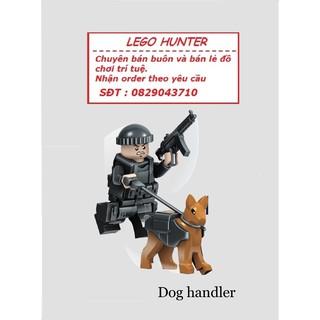 Lego Minifigures SWAT : Cảnh sát dắt chó nghiệp vụ – SWAT Dog Handler