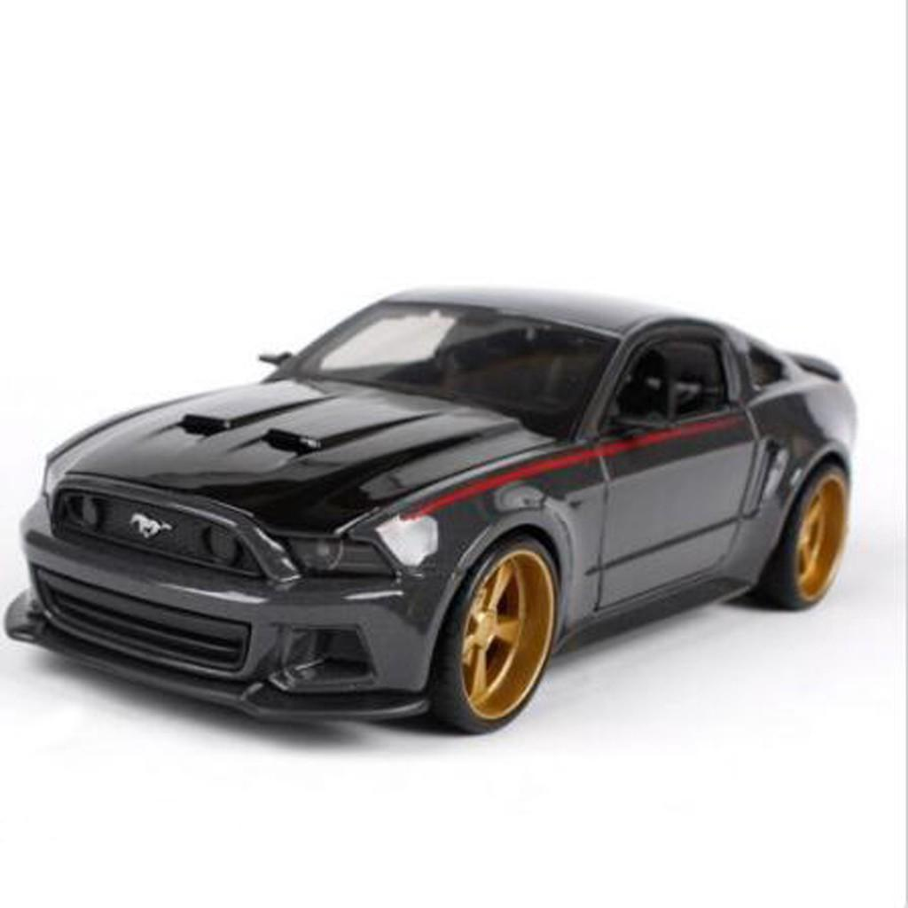 1/24 MAISTO Ford Mustang GT Street Racer Modified Die cast Car Model Collectible