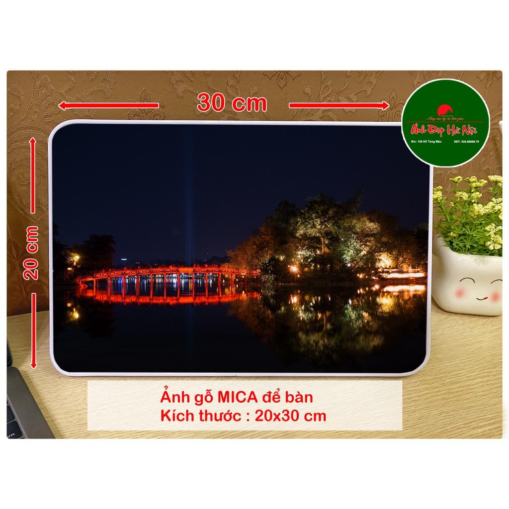 Ảnh gỗ Mica để bàn 20x30