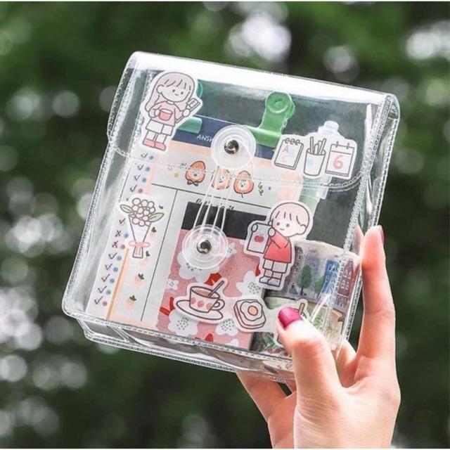 Túi trong suốt đựng mỹ phẩm và đồ dùng cá nhân không ngấm nước có nắp gài kích thước 14*16cm