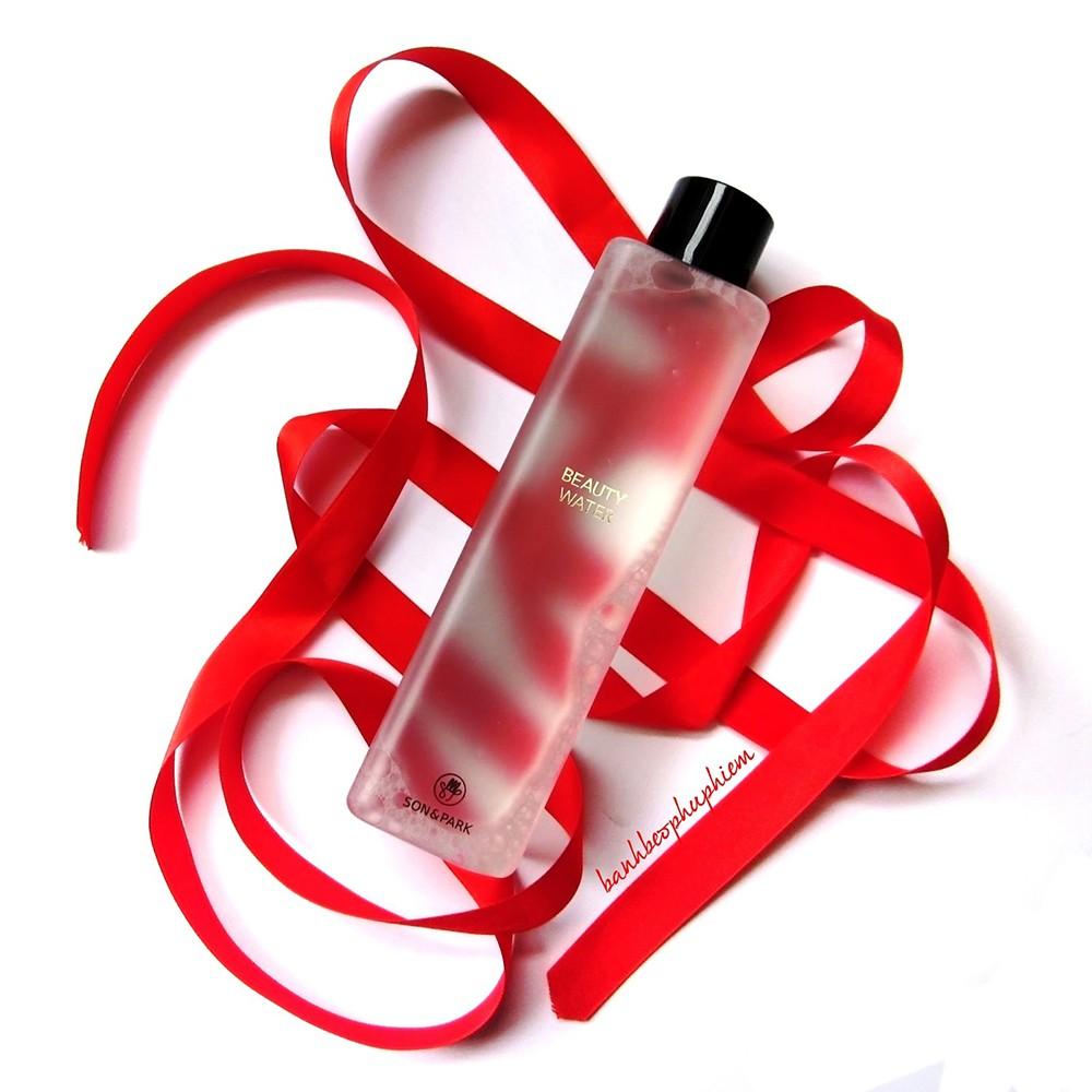 Nước hoa hồng, dưỡng da, kiêm tẩy trang Son&Park Beauty Water 340ml - 2784110 , 211654858 , 322_211654858 , 450000 , Nuoc-hoa-hong-duong-da-kiem-tay-trang-SonPark-Beauty-Water-340ml-322_211654858 , shopee.vn , Nước hoa hồng, dưỡng da, kiêm tẩy trang Son&Park Beauty Water 340ml