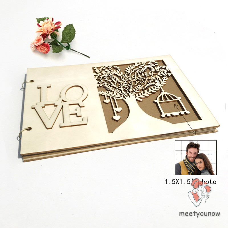 Sổ khách mời bằng gỗ hình cây trái tim dành cho khách dự tiệc cưới
