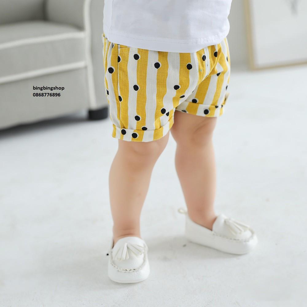 quần chấm bi vàng